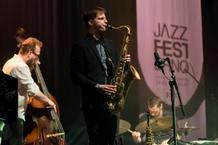 Double Saxophone Trip in the Sono Centre
