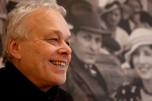 The album Moravské hlasy (Moravian Voices) captures the phenomenon of the South Moravian art of singing