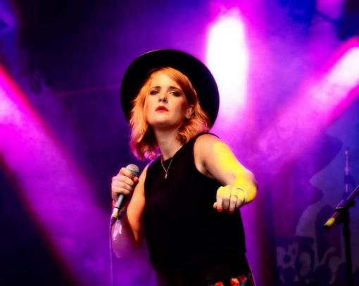 The Spring Part of the Jazz Brno Festival is Beginning. Elles Bailey will Perform Today